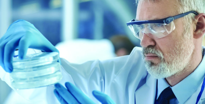 Apply for a Lung Cancer Research Grant